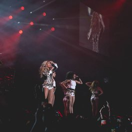 The Mrs. Carter Show:St. Louis, MO